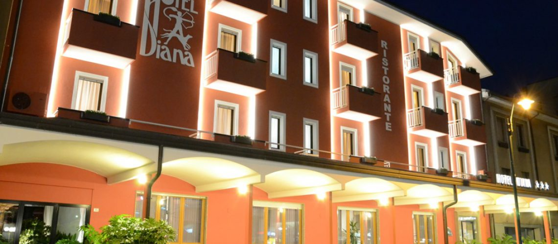 hoteldiana01